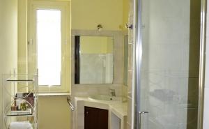 Camera Moscato.